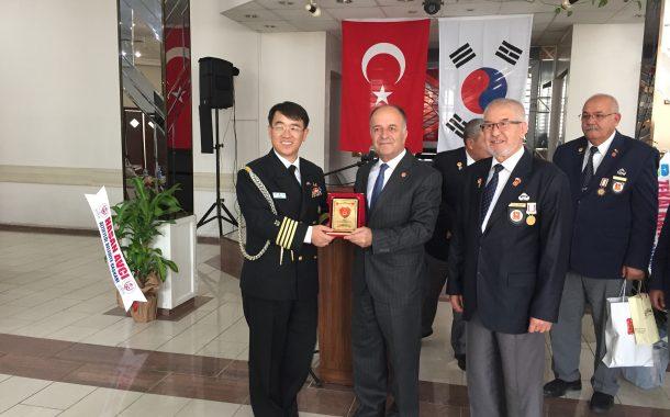 TEMAD Balıkesir İl Başkanlığı Kore Gazisi Torunları Burs Törenine Katıldı